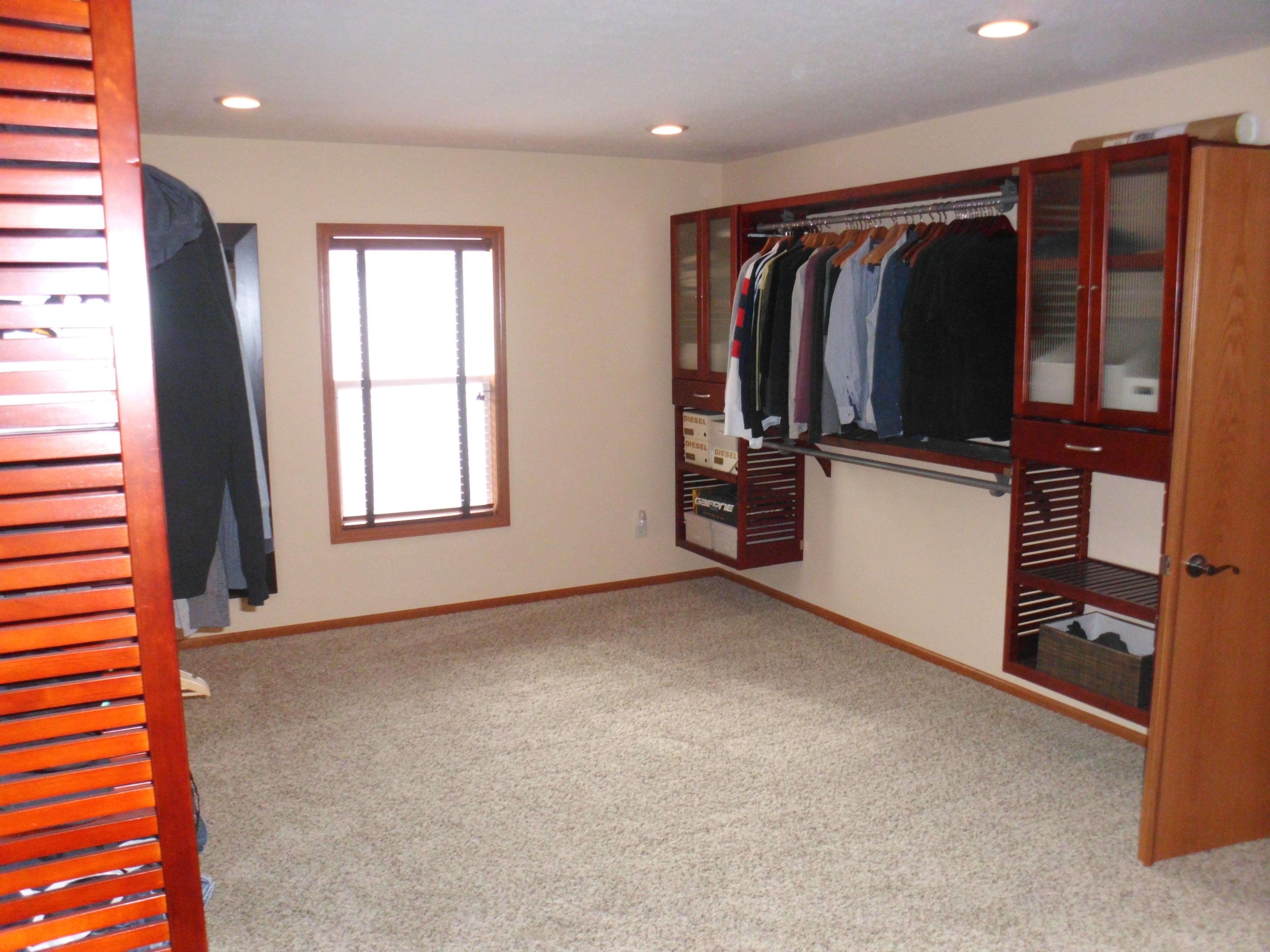 Epic-Building-Company-Worthington-Ohio-Closet-Remodel
