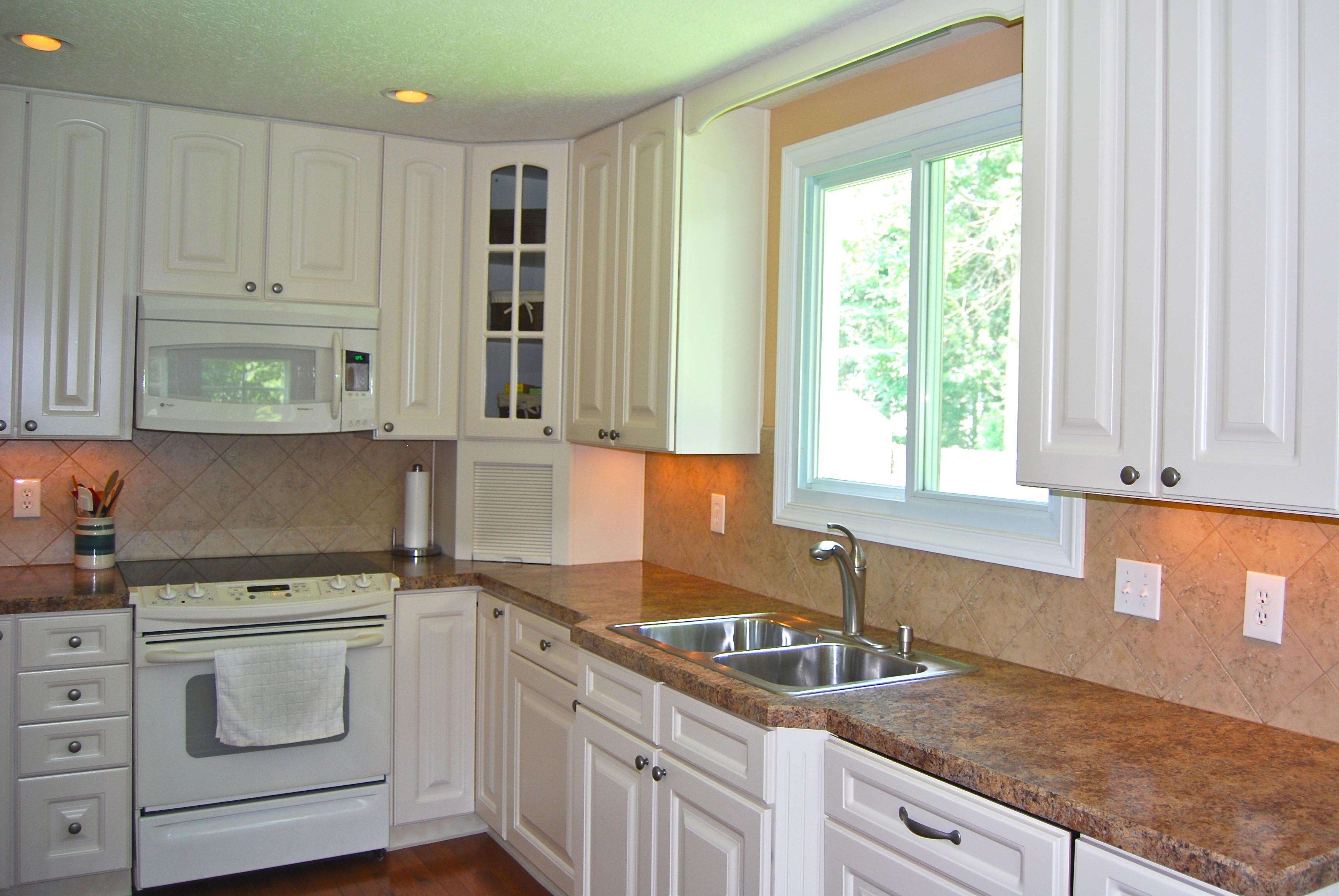 Epic-Building-Company-New-Albany-Ohio-White-Kitchen